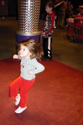 Alana Dancing at COSI