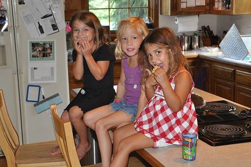 Alana, Caroline, and Gabby